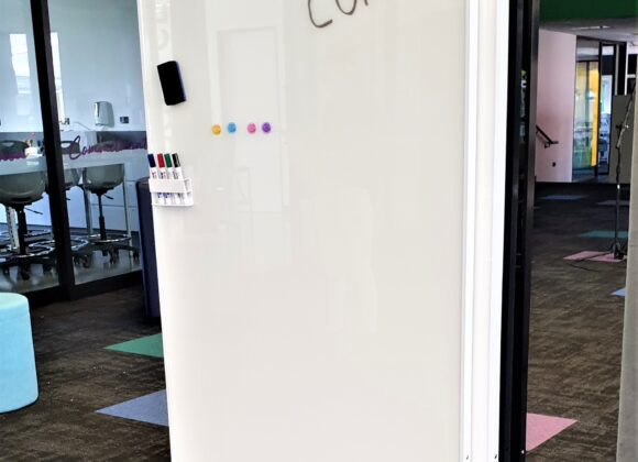 CONVO™ mobile divider whiteboards